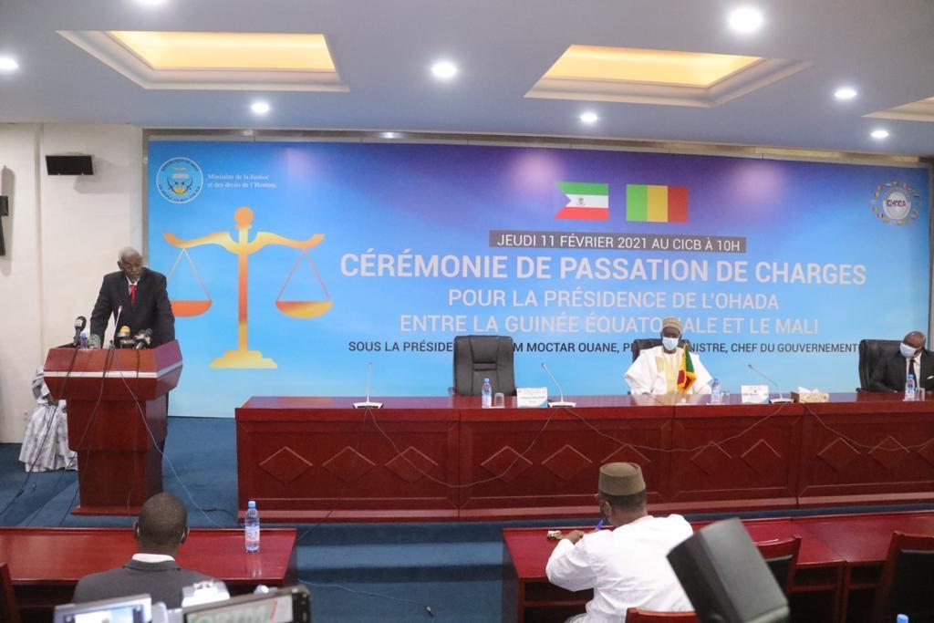 CEREMONIE DE PASSATION DE CHARGE DE LA PRESIDENCE DU CONSEIL DES MINISTRES DE L'OHADA LE MALI PREND LA PRESIDENCE DE L'OHADA POUR L'ANNEE 2021
