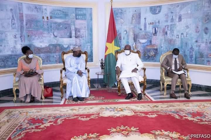 Droit des affaires en Afrique : le secrétaire permanent de l'OHADA échange avec le président du Faso